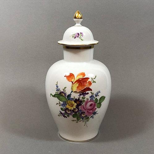 Meißen Deckelvase Dekor: Blumenbukett 1. Wahl