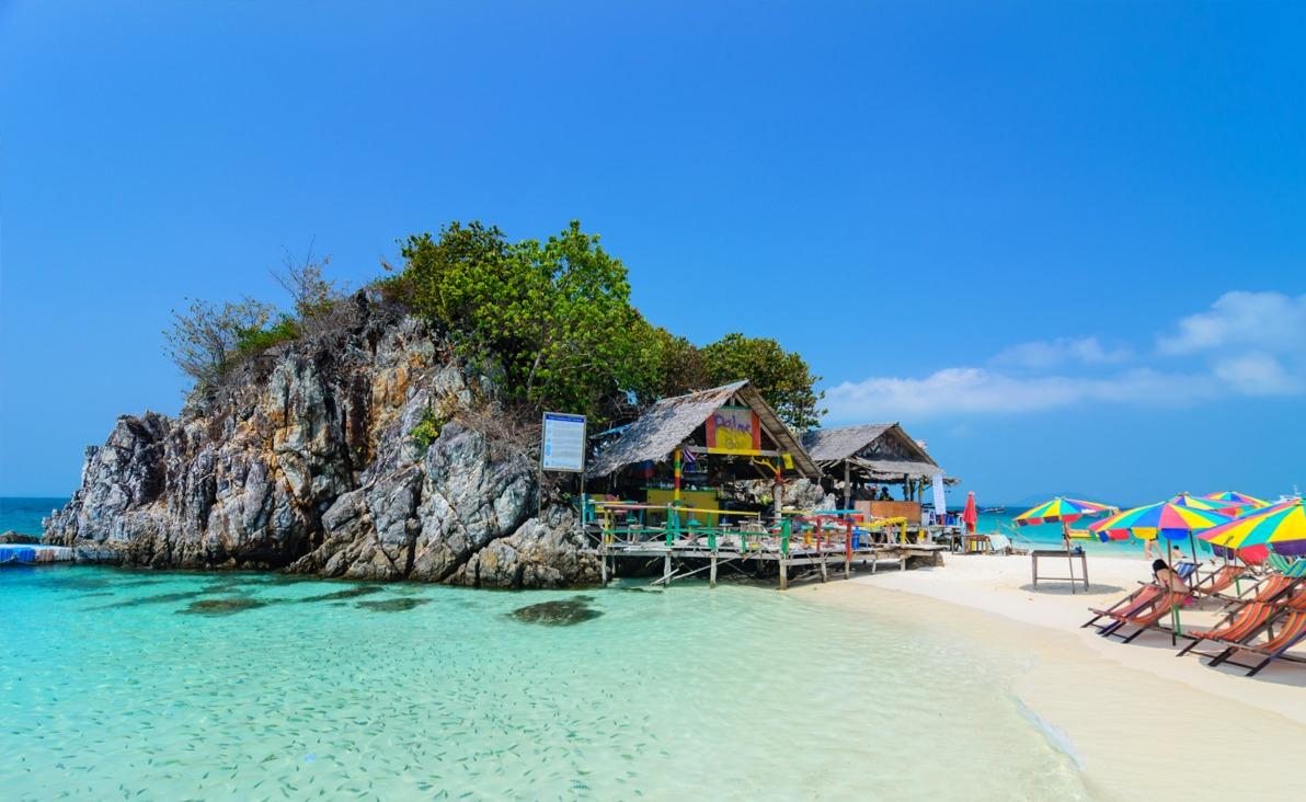 Snorkeling Khai Islands Tour