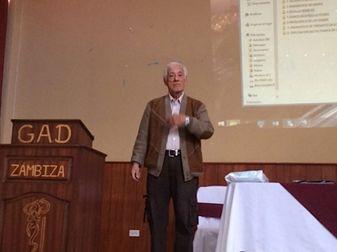 Galo Humberto Sosa González expone temas científicos en el VII Encuentro Nacional de AEPEREACU realizado en Quito – Zámbiza en agosto de 2016