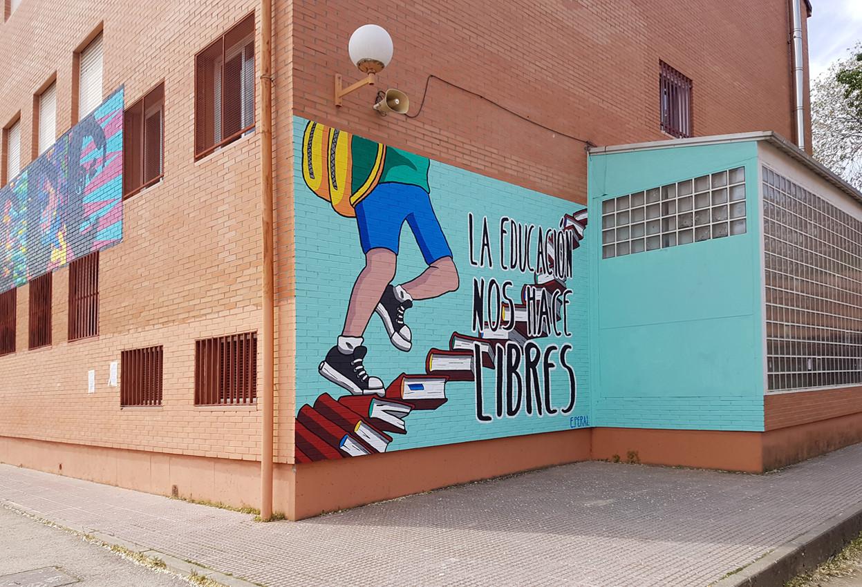 """""""La educación nos hace libres"""" - Esther Peral"""
