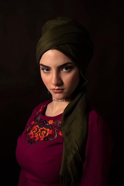 8 juni 2020-83  Tala rode jurk portret1.