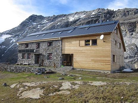 Claridenhütte.jpg