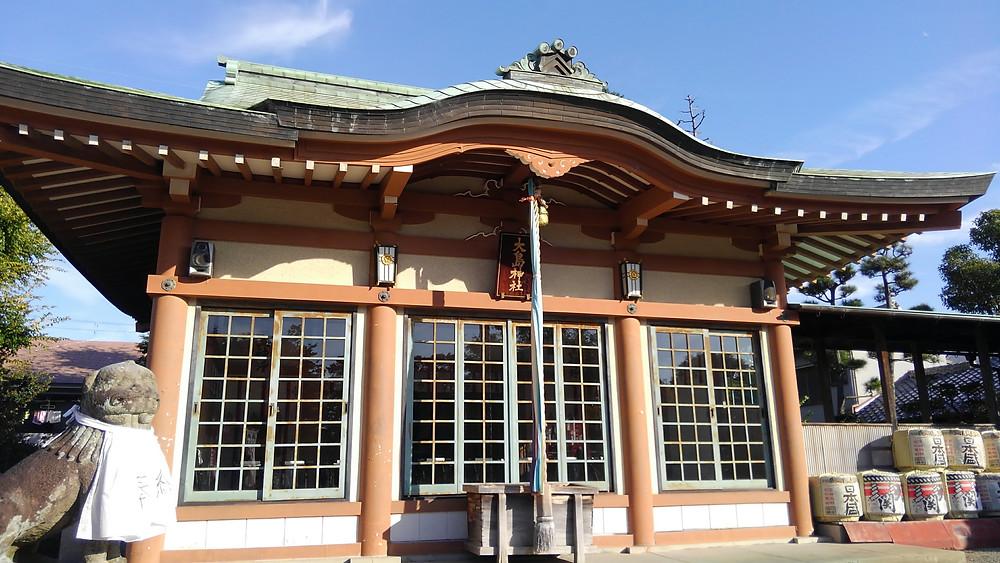 大島神社さんから、おみくじ&絵馬の取り付け台の製作を頼まれました。