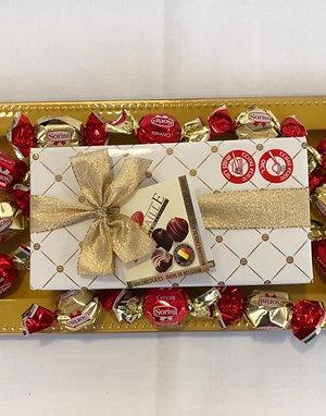 מגש בונבוניירה ושוקולדים