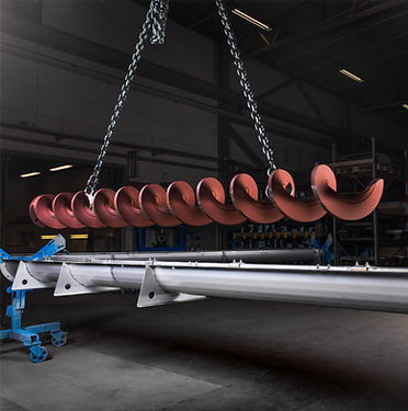 Recycling Technologies Group conveyor for wood chips