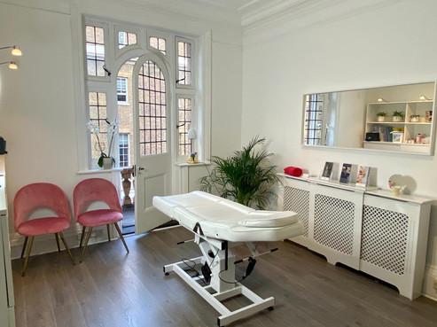 Dermal-Health-Clinic-Photo-01.jpeg