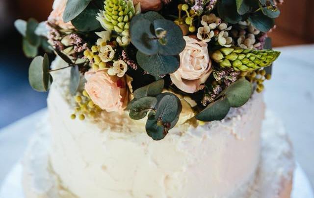 Flower Topping on Cake