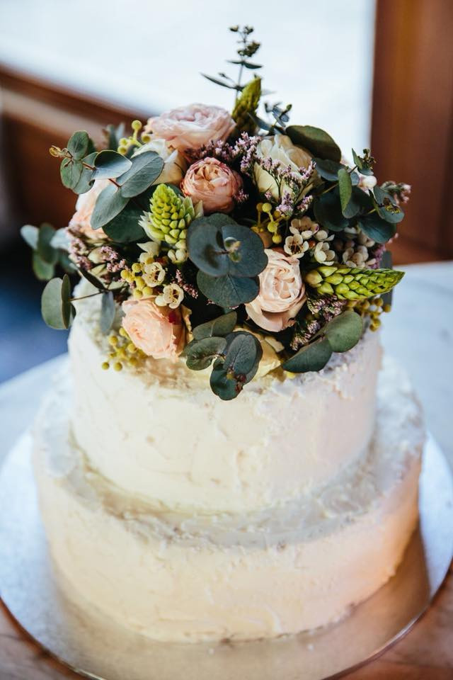 Flower Topping on Cake