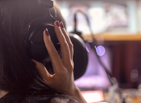 How to work as a voiceover artist from home?