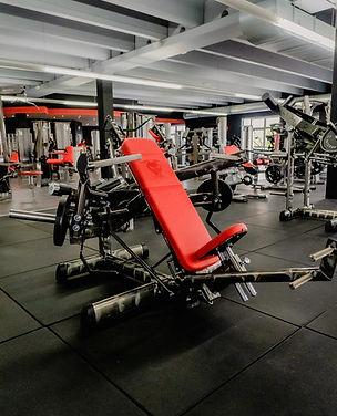 Arcadium Fitness Ansbach Plate Loaded Gerätetraining Gym80 Training