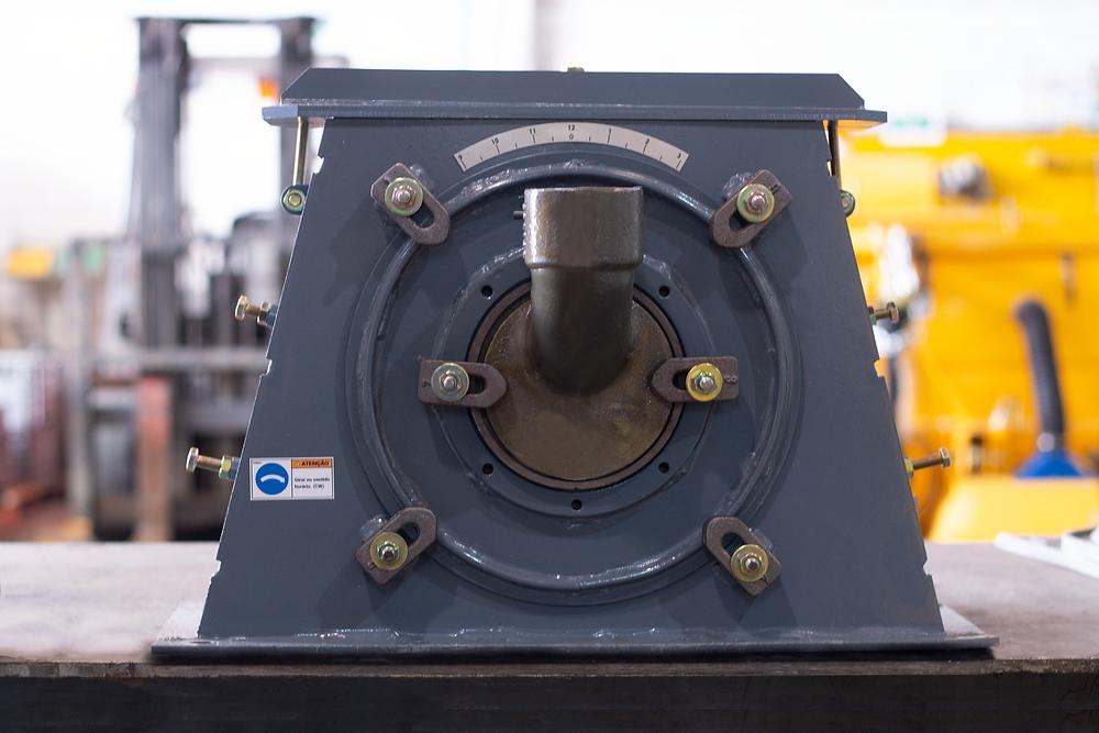 blast wheel with curve pallet