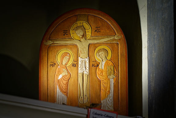Calvario bassorilievo legno (38 x 30cm)