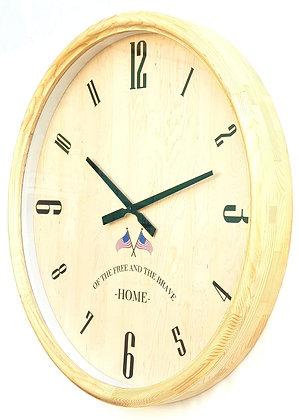שעון עץ בהיר