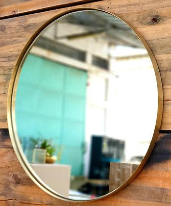מראה עגולה מראה לאמבטיה מראה לכניסה מראה לחדר שינה מראה זהב