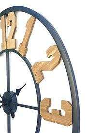 נושא כלים- שעונים