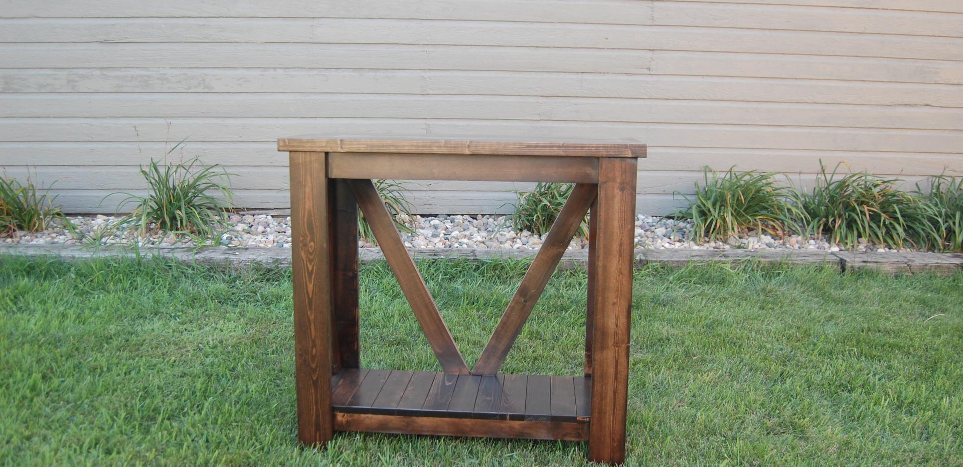 V-Back Sofa Table