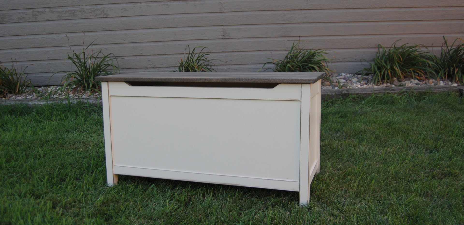 Carly Storage Bench