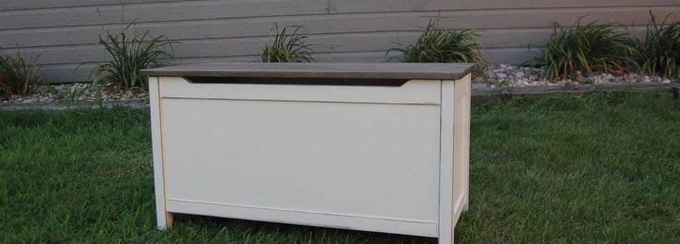 Carly Storage Bench