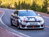 One-off Dodge Charger SRT Hellcat Widebody Concept Aims for the Top of Pikes Peak