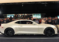 First Production 2014 Camaro Z28 Rakes in $650k at Barrett-Jackson