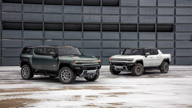GM Debuts 2024 GMC Hummer EV SUV
