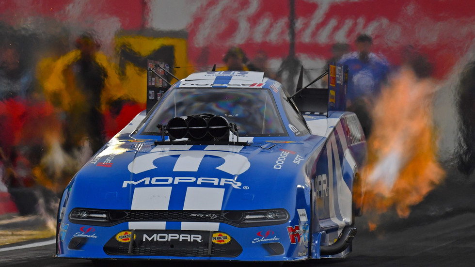 Tommy Johnson Jr. Earns NHRA Arizona Nationals Win in All-Mopar Funny Car Finals