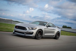 2020 Mustang Shelby GT350R Gets New Performance Tech and Colors from GT500