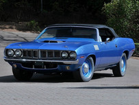 AUCTIONS: [UPDATED] Super Collectible Hemi Cuda Crossing The Block At Mecum Seattle