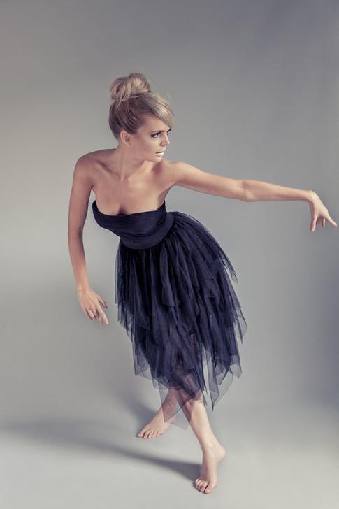 Foto av danser med hår, sminke og styling etter dine ønsker.