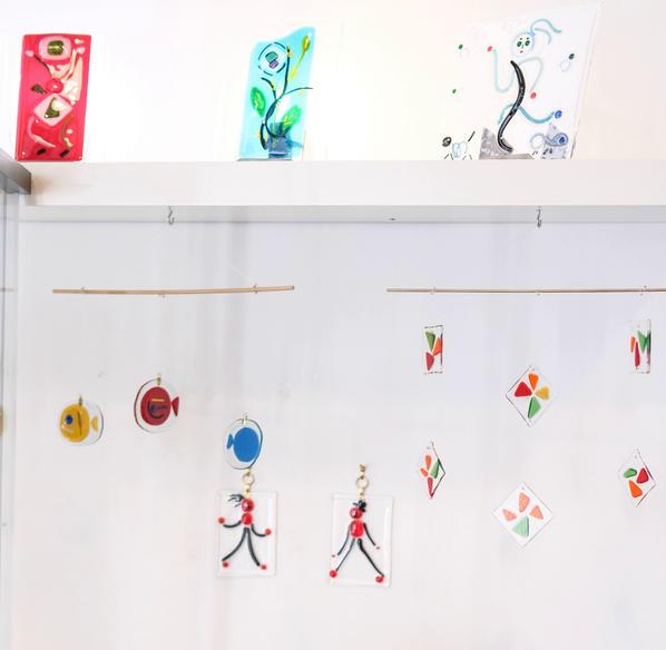 Objets de décoration en verre fusionné