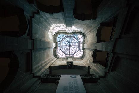 Puits de Lumière dans le Musee de la Photographie, Porto