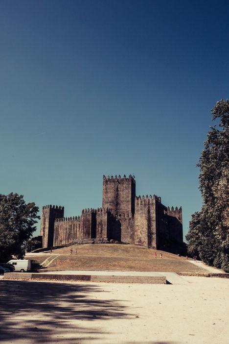 Chateau de Guimareas (Castelo de Guimarães)