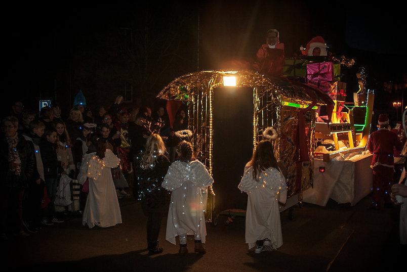 lumiere-carnaval-photo-couleur-deco-evenements-tirage-photographie-photographe-deguisement-fete-char-enfants-famille-anges