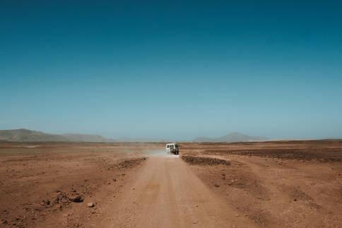 Quatre-Quatre au Milieu du Desert