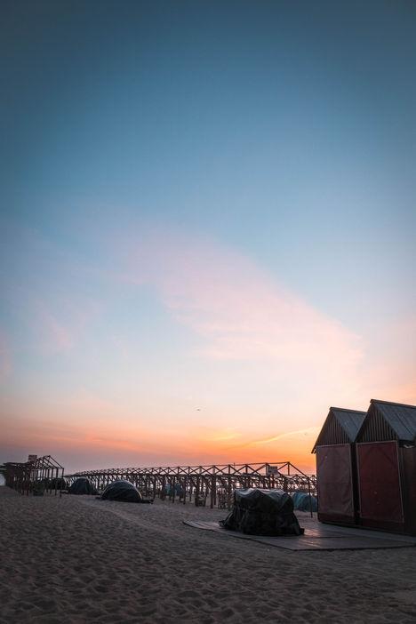 Coucher de Soleil sur les cabanes de plage de Povoa de Varzim