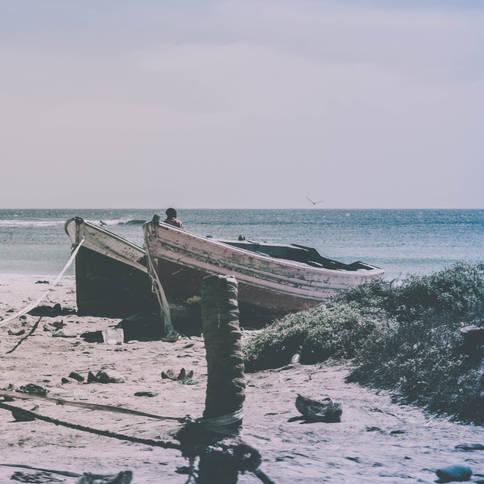 Vieilles Barques sur le Sable