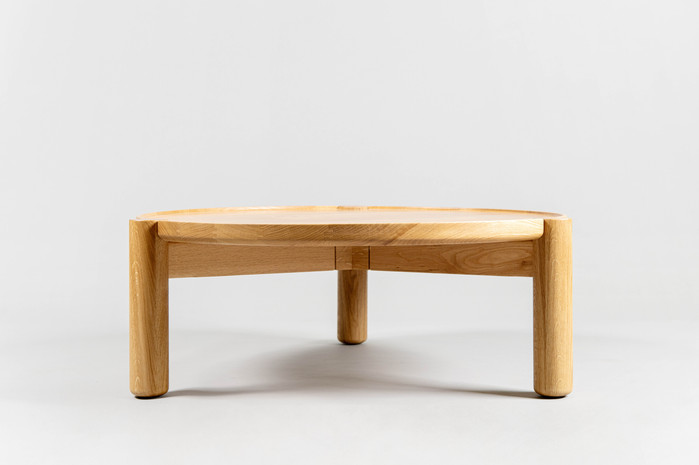 שולחן מעץ אלון