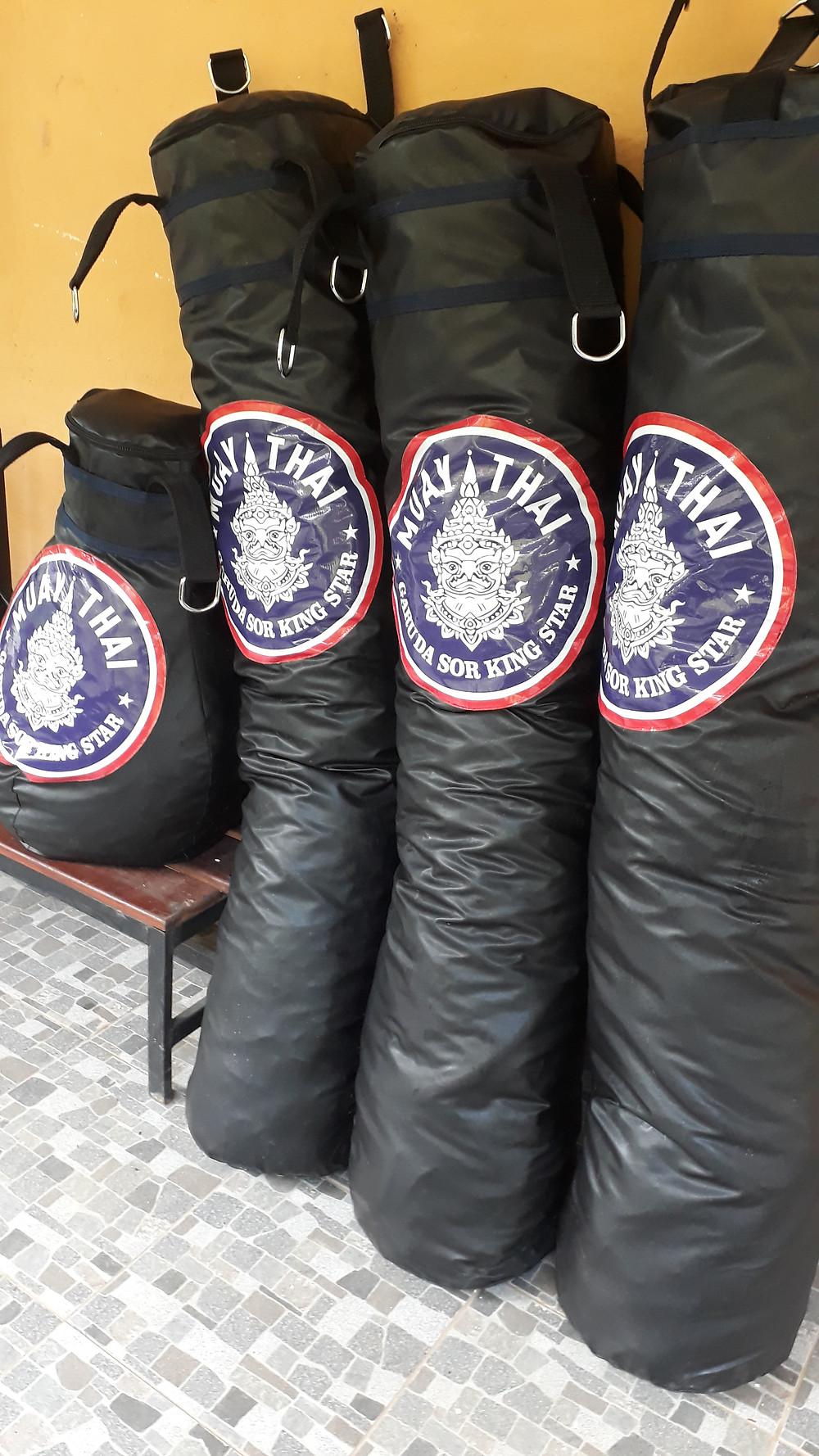 saco de pancada de boxe e muay thai personalizado
