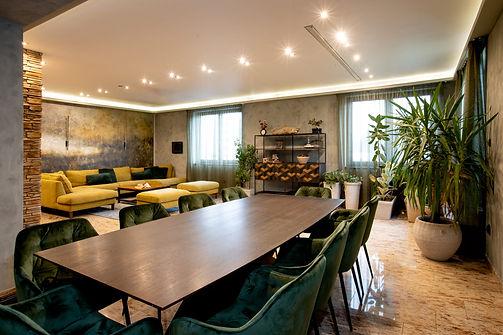 Klasszikus modern és skandináv stílusú családi ház
