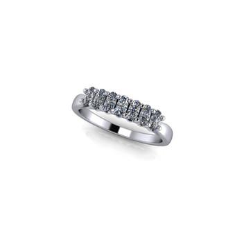 OVAL CLAW SET DIAMOND RING