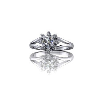 CLASSIC DIAMOND CLUSTER ENGAGEMENT RING