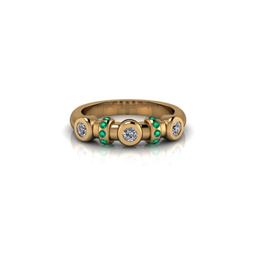 BEZEL SET YELLOW GOLD RING