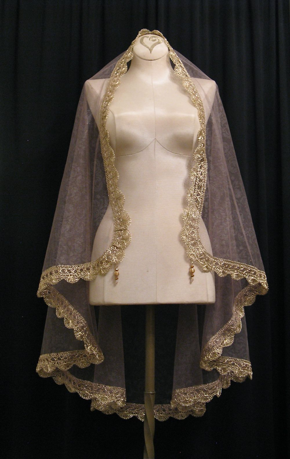 Walnut And Gold Mantilla Veil