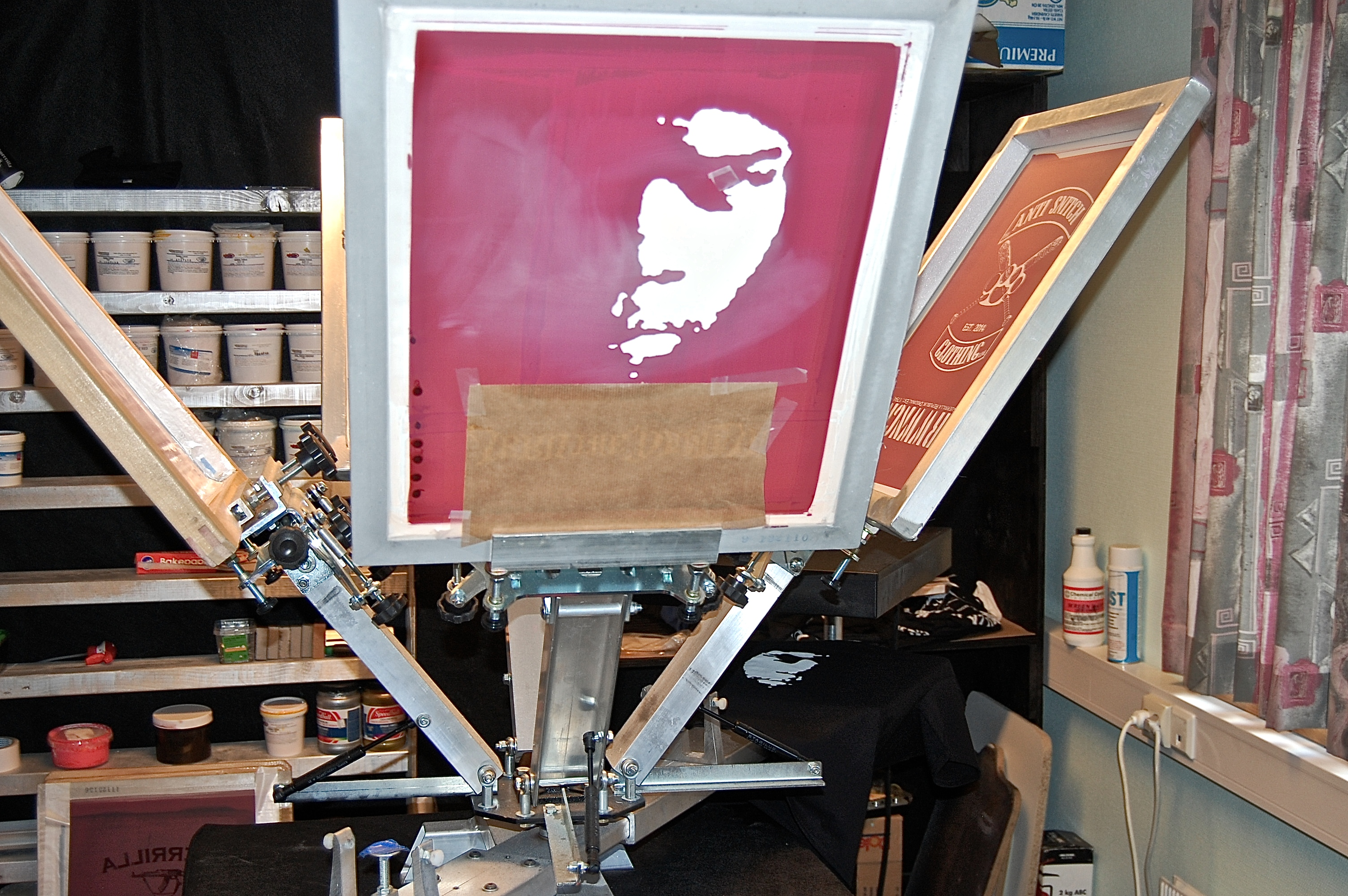 Screen printing carousel