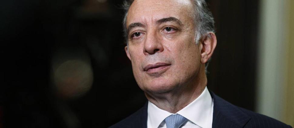 Паскуале Терраччано Посол Италии   просит отменить запрет на пармезан в России