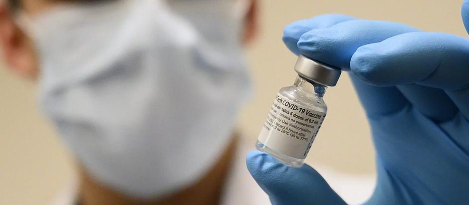 Южноафриканский вариант коронавируса может обойти иммунитет у некоторых людей
