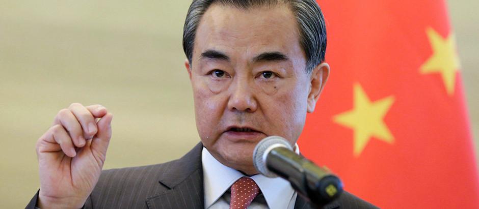 Китай призывает администрацию Байдена снять торговые ограничения.