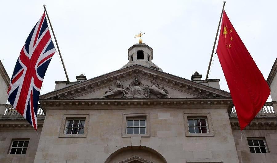 Великобритания ужесточает свои позиции в отношениях с Китаем.