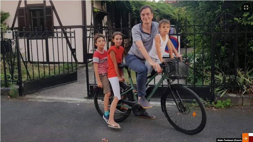 Консульство России во Франции ворует велосипеды?
