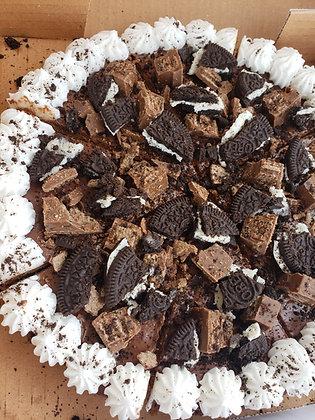 Cookies n cream flavoured Kit Kat with Oreos